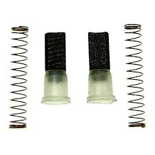 Escobillas de recambio para motor de esquiladoras. Disponemos de escobillas de recambio para casi todas las marcas de fabricantes de esquiladoras.