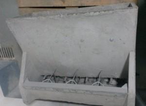 Tolva cemento 4 bocas para cebadero