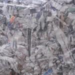 Papel triturado para aplicar como absorvente y se secante los primeros días. Biodegradable. No se acumula en las canalizaciones.