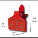 Crotal plástico cuadrado pequeño que se coloca con un punzón, sin necesidad de usar un macho. Diferentes colores. Posibilidad de grabación con láser.